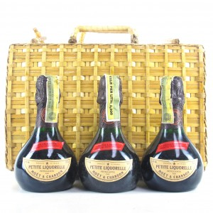 Moet & Chandon Petite Liquorelle Petillante 3x20cl / Wicker Hamper