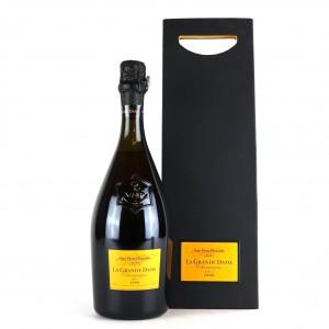 Veuve Clicquot Ponsardin La Grande Dame Brut 1996 Vintage Champagne