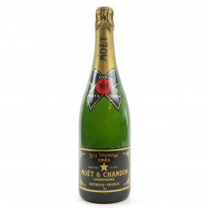 Moet & Chandon Dry Imperial 1981 Vintage Champagne