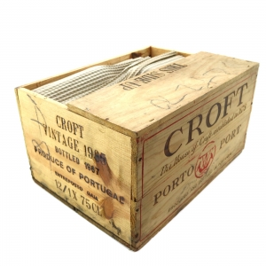 Croft 1985 Vintage Port 12x75cl / Original Wooden Case
